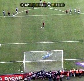 Paradinha durante uma cobrança de penalidade máxima (estadao.com.br)