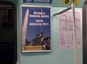 Cartaz da Copa América no metrô de SP (fonte: @heloribeiro)