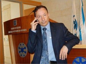Yigal-Palmor-chama-Brasil-de-um-anão-diplomático