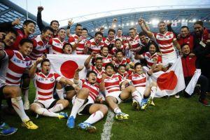 Japoneses comemoram triunfo de 34 a 32 sobre os Boks